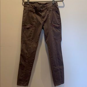 WHBM size 6 brown The Skimmer Pants